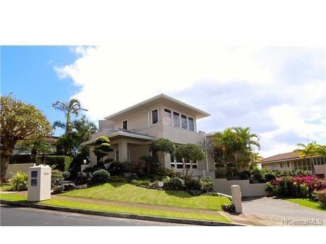 1028 Ikena Circle, Honolulu, HI 96821 (MLS #201726378) :: Elite Pacific Properties