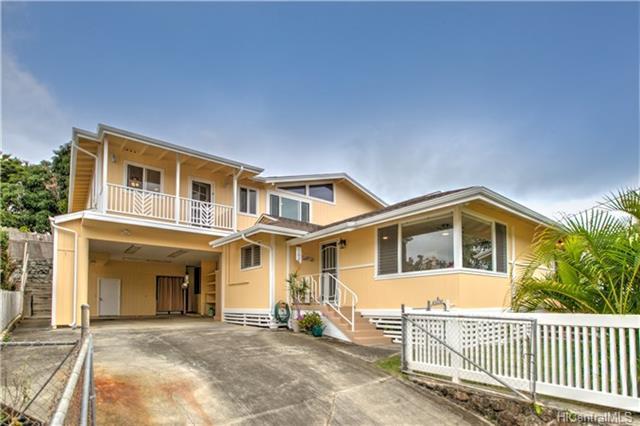 1042 Loho Street, Kailua, HI 96734 (MLS #201800389) :: Keller Williams Honolulu