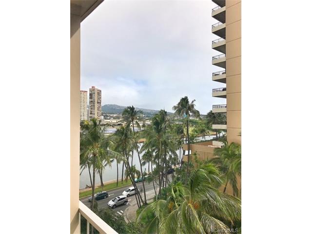2115 Ala Wai Boulevard #701, Honolulu, HI 96815 (MLS #201801434) :: The Ihara Team