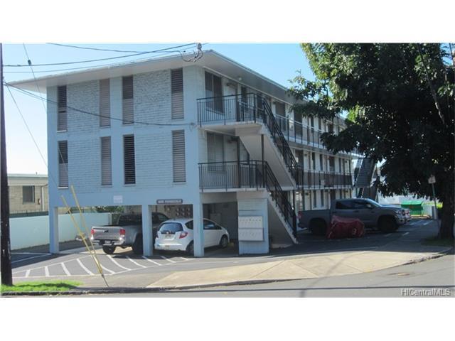 1525 Pensacola Street #301, Honolulu, HI 96822 (MLS #201801481) :: The Ihara Team