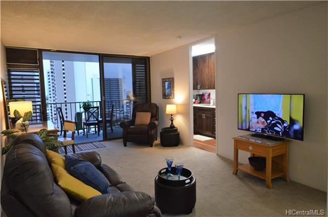 1630 Liholiho Street #1107, Honolulu, HI 96822 (MLS #201801906) :: Elite Pacific Properties