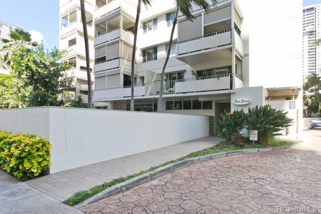 411 Kaiolu Street #301, Honolulu, HI 96815 (MLS #201804613) :: Redmont Living