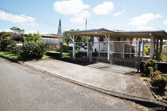 1953 Kinipopo Street, Wahiawa, HI 96786 (MLS #201804640) :: The Ihara Team