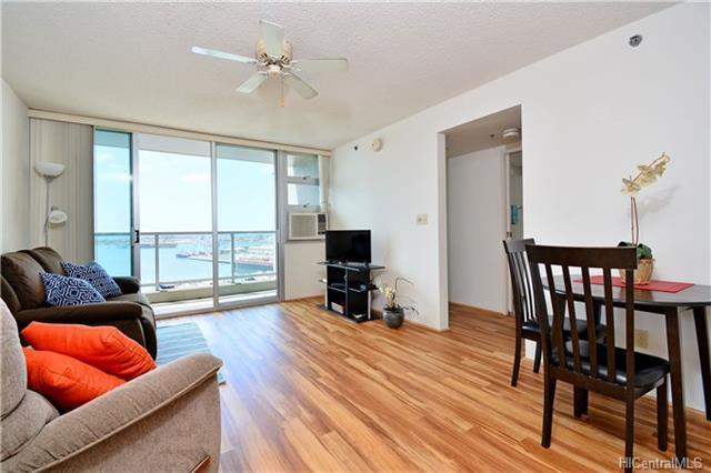 215 N King Street #1609, Honolulu, HI 96817 (MLS #201807367) :: The Ihara Team