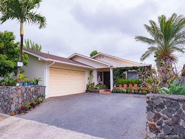 92-1305 Kikaha Street, Kapolei, HI 96707 (MLS #201808123) :: The Ihara Team
