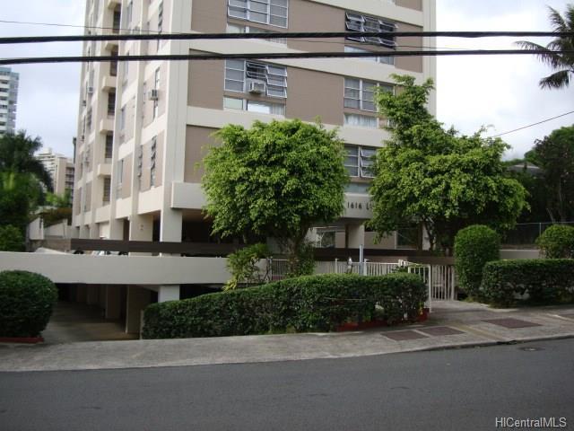 1616 Liholiho Street #702, Honolulu, HI 96822 (MLS #201809149) :: The Ihara Team