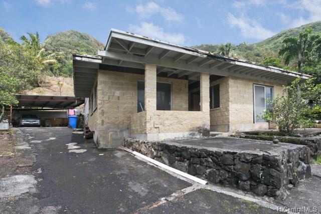 3048 Holua Place, Honolulu, HI 96819 (MLS #201809457) :: Elite Pacific Properties