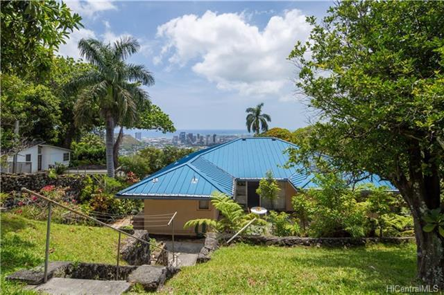 2889 Pacific Hts Road, Honolulu, HI 96813 (MLS #201810034) :: Redmont Living