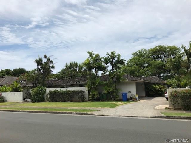 1161 Waiholo Street, Honolulu, HI 96821 (MLS #201812093) :: Elite Pacific Properties