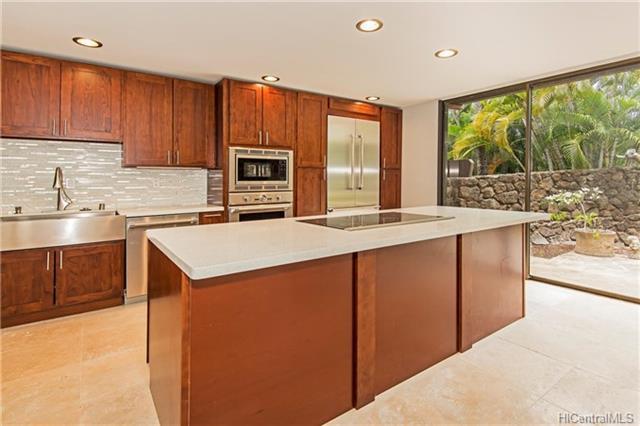 3022 La Pietra Circle #6, Honolulu, HI 96815 (MLS #201812353) :: Elite Pacific Properties