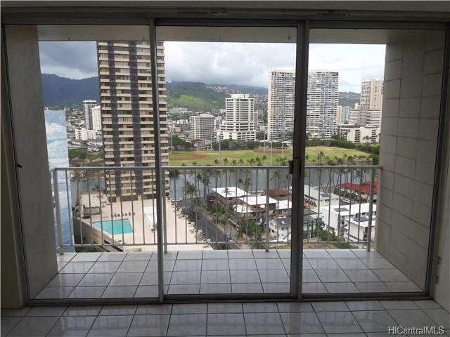 1925 Kalakaua Avenue #1805, Honolulu, HI 96815 (MLS #201813222) :: Redmont Living