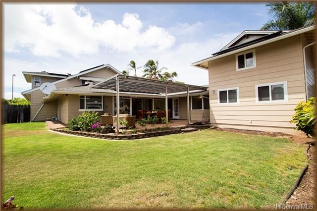 268 Aikahi Place, Kailua, HI 96734 (MLS #201813258) :: The Ihara Team