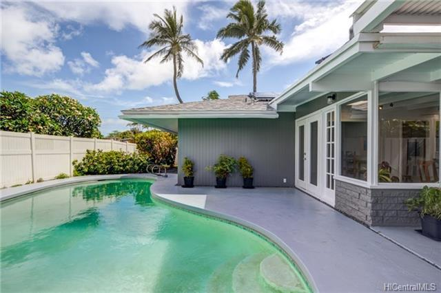203 Aiokoa Street, Kailua, HI 96734 (MLS #201813406) :: The Ihara Team