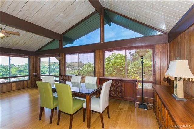 2407 Pacific Hts Road, Honolulu, HI 96813 (MLS #201813715) :: Redmont Living