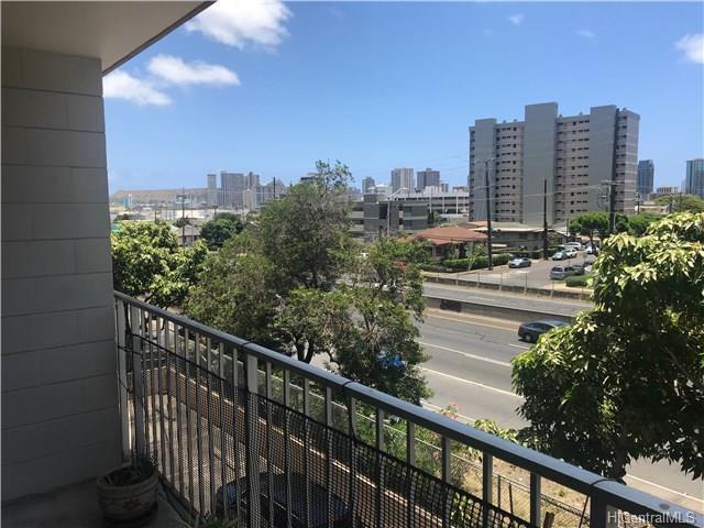 1414 Alexander Street #201, Honolulu, HI 96822 (MLS #201814186) :: The Ihara Team