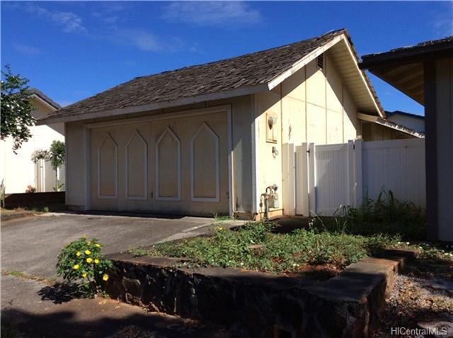 94-1479 Okupu Street, Waipahu, HI 96797 (MLS #201816428) :: The Ihara Team
