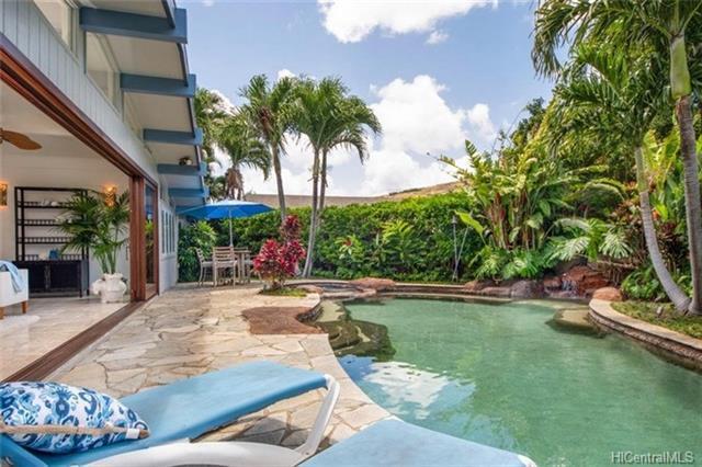 647 Poipu Drive, Honolulu, HI 96825 (MLS #201816485) :: The Ihara Team