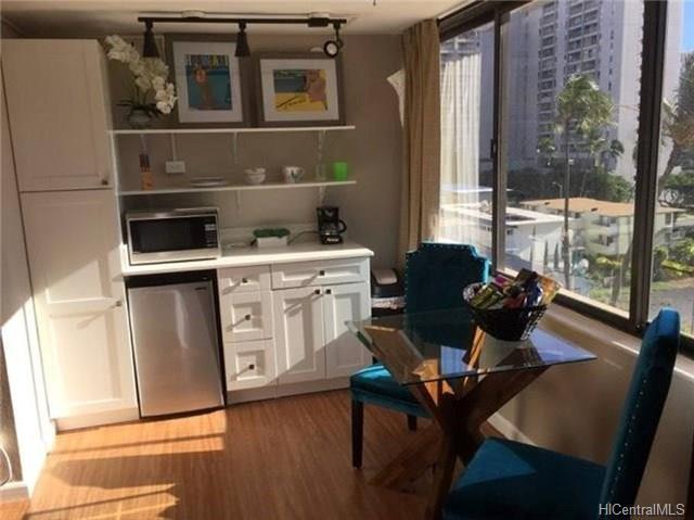 444 Niu Street #805, Honolulu, HI 96815 (MLS #201816505) :: Yamashita Team