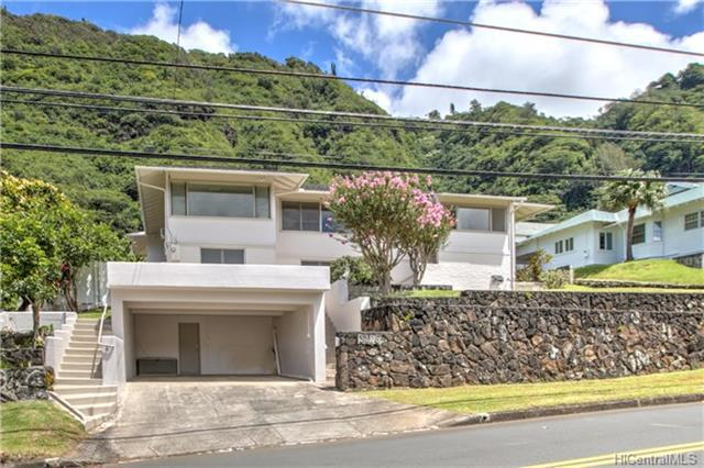 3126 Oahu Avenue, Honolulu, HI 96822 (MLS #201817000) :: The Ihara Team
