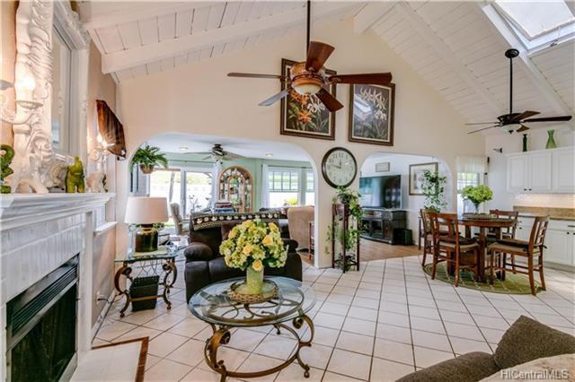 98-1830 Kaahumanu Street C, Pearl City, HI 96782 (MLS #201817090) :: Elite Pacific Properties