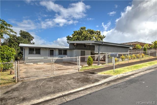 2222 Apaakuma Street, Pearl City, HI 96782 (MLS #201817952) :: Elite Pacific Properties