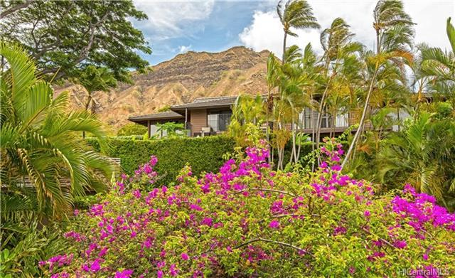 3084 La Pietra Circle #16, Honolulu, HI 96815 (MLS #201818124) :: Hawaii Real Estate Properties.com