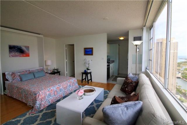 400 Hobron Lane #3206, Honolulu, HI 96815 (MLS #201818538) :: Elite Pacific Properties