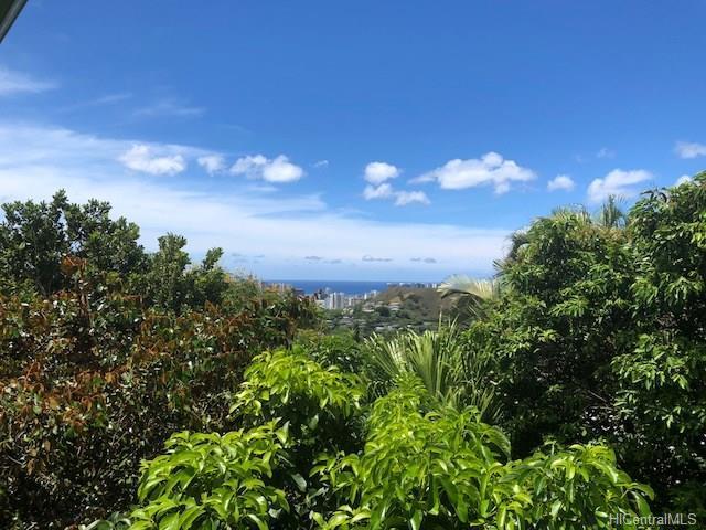 2761 Pacific Hts Road, Honolulu, HI 96813 (MLS #201818917) :: The Ihara Team