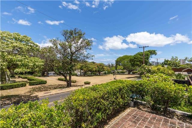 1960 Makiki Hts Drive, Honolulu, HI 96822 (MLS #201819060) :: Redmont Living