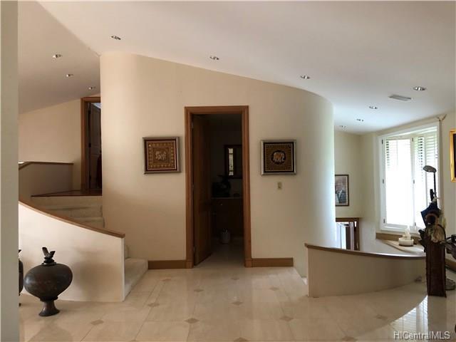 141 Poloke Place, Honolulu, HI 96822 (MLS #201819079) :: Elite Pacific Properties