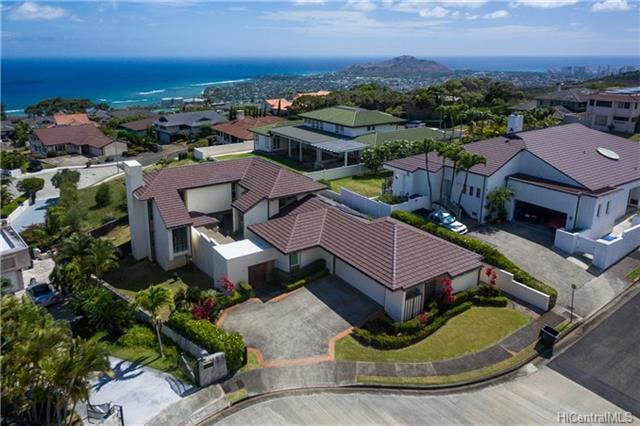 2063 Omea Place, Honolulu, HI 96821 (MLS #201820382) :: Redmont Living