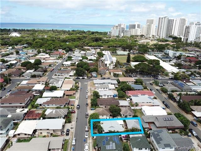 3128 George Street, Honolulu, HI 96815 (MLS #201821046) :: Team Lally