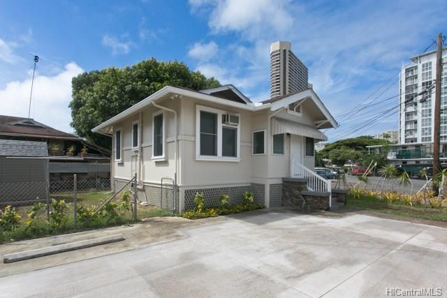 719 Kaaloa Street, Honolulu, HI 96826 (MLS #201821171) :: Team Lally