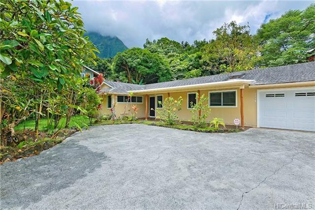 1339 Hepaki Place, Kailua, HI 96734 (MLS #201821573) :: Redmont Living