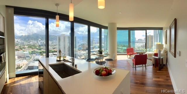1108 Auahi Street #1808, Honolulu, HI 96814 (MLS #201821679) :: Team Lally