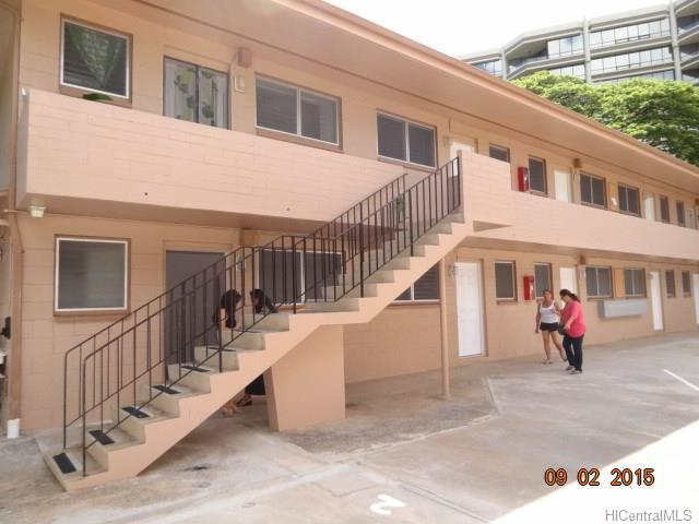 1547 Wilder Avenue #2, Honolulu, HI 96822 (MLS #201821958) :: Redmont Living
