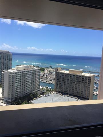 1700 Ala Moana Boulevard #3204, Honolulu, HI 96815 (MLS #201824126) :: Yamashita Team