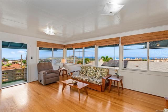 1652 Bertram Street, Honolulu, HI 96816 (MLS #201824600) :: Elite Pacific Properties
