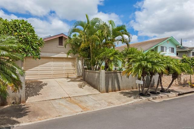 92-6013 Kalemakapii Street, Kapolei, HI 96707 (MLS #201824749) :: Hawaii Real Estate Properties.com