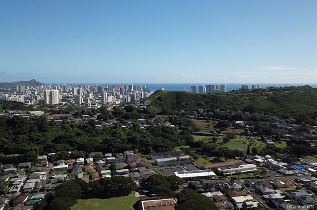 2341 Kaola Way, Honolulu, HI 96813 (MLS #201824755) :: Yamashita Team