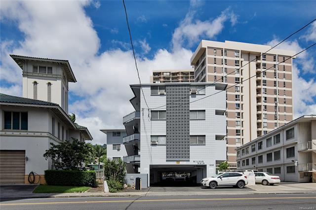 1210 Wilder Avenue #306, Honolulu, HI 96822 (MLS #201825037) :: The Ihara Team