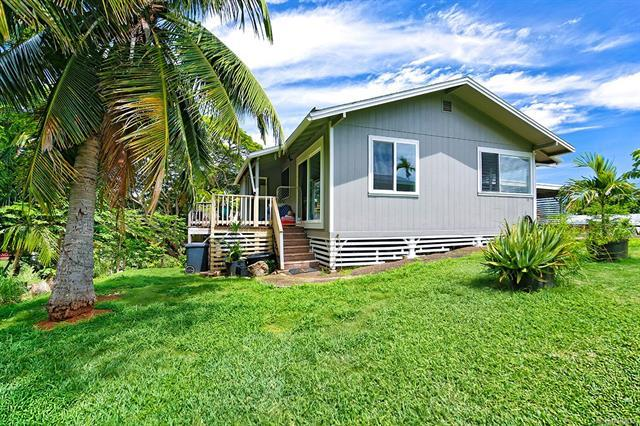 41551 Piohia Place, Waimanalo, HI 96795 (MLS #201826770) :: The Ihara Team