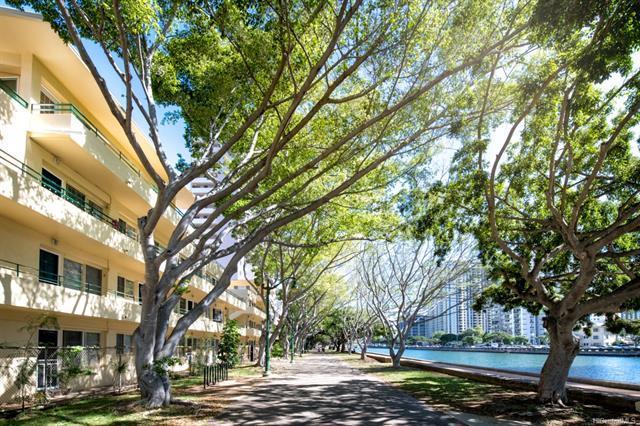 1880 Kahakai Drive #105, Honolulu, HI 96814 (MLS #201827034) :: The Ihara Team