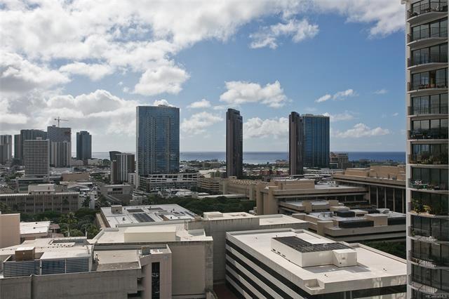 225 Queen Street 21D, Honolulu, HI 96813 (MLS #201827136) :: The Ihara Team
