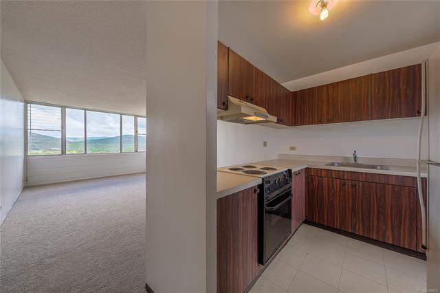 5210 Likini Street #1008, Honolulu, HI 96818 (MLS #201827197) :: The Ihara Team