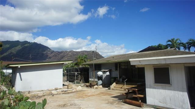 84-126 Jade Street, Waianae, HI 96792 (MLS #201827198) :: The Ihara Team