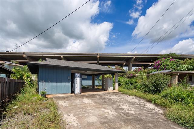 94-572 Pilimai Place, Waipahu, HI 96797 (MLS #201827668) :: Team Lally