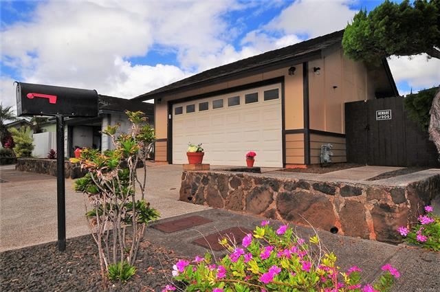 94-1160 Nanilihilihi Street, Waipahu, HI 96797 (MLS #201827918) :: Elite Pacific Properties