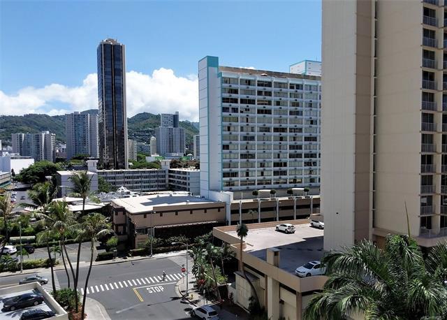 780 Amana Street #708, Honolulu, HI 96814 (MLS #201828169) :: Elite Pacific Properties