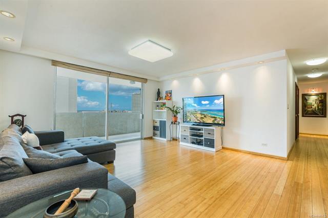 1561 Kanunu Street #1204, Honolulu, HI 96814 (MLS #201828701) :: Elite Pacific Properties